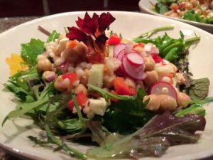 Salad-with-nasturium-